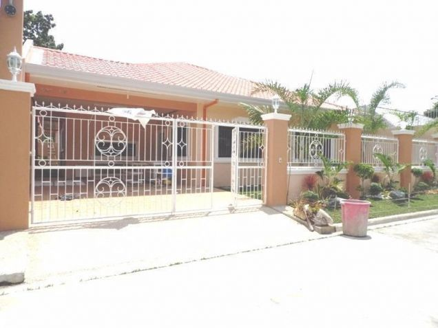 3 Bedroom House and Lot in gated subdivision for rent in Friendship -35K - 7