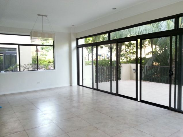 4 Bedroom House with Swimming Pool for Rent in Cebu Maria Luisa Park - 0