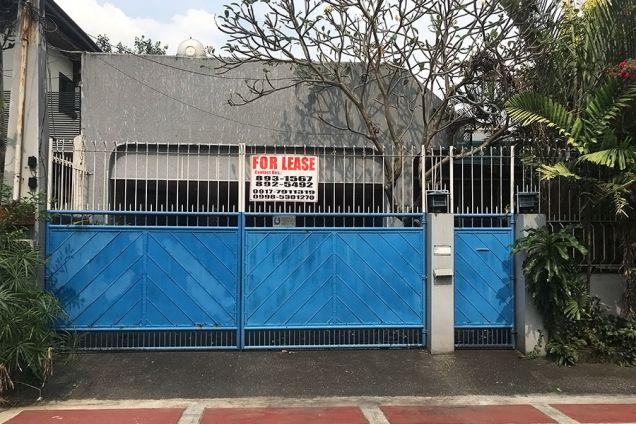 3 BR Duplex For Rent in Horseshoe Village in Quezon City Corville - 0