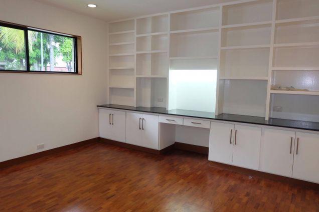 3 Bedroom Modern Bungalow House In Dasmarinas Makati - 2