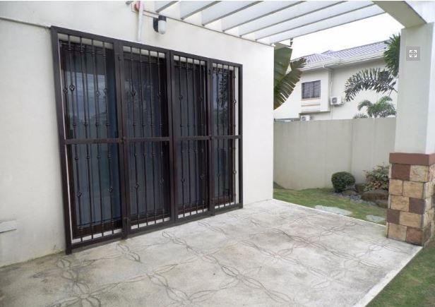 4 Bedroom Modern House for rent in Hensonville - 50K - 4