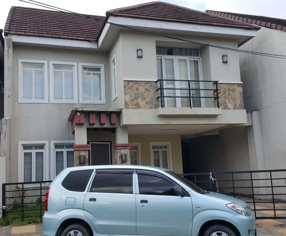3 Bedroom Furnished Town House in a High End Subdivision - 0
