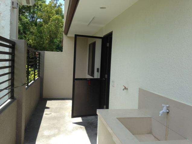 House and Lot 4 Bedrooms for Rent in Talamban, Cebu City - 2