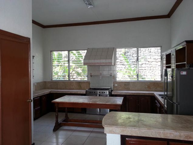 5 Bedroom House with Swimming Pool for Rent in Maria Luisa Cebu City - 3