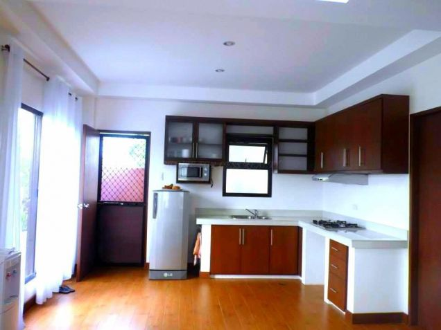 3BR House and Lot for rent near Clark - 50K - 6