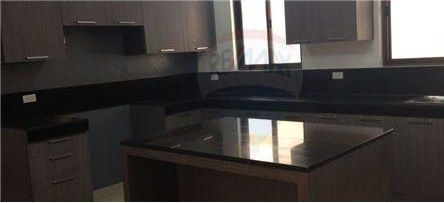 Detached - For Rent/Lease - Makati City, Metro Manila, NCR - 5