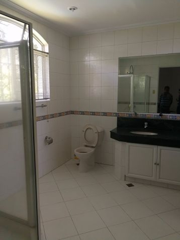 For Rent Renovated 5 Bedroom House and Lot Urdaneta Village Makati City - 8