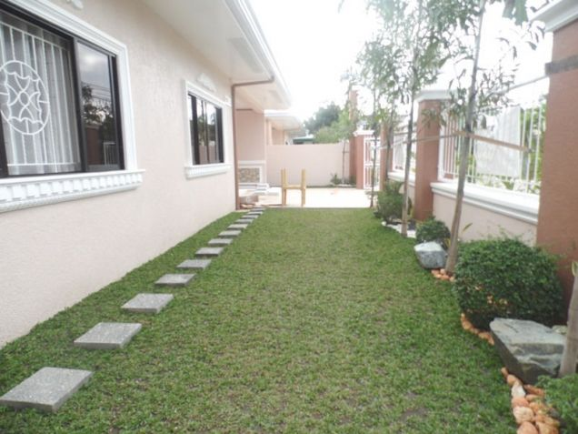 Spacious Bunglow House with 3 Bedrooms for rent - 50K - 2