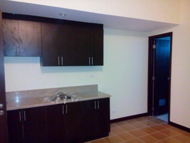 2 Bedrooms Rent To Own Condo in Makati Low Downpayment at San Lorenzo Place - 0