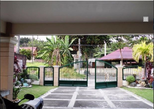 Bungalow House with Spacious yard for rent in Angeles City, Pampanga - 1