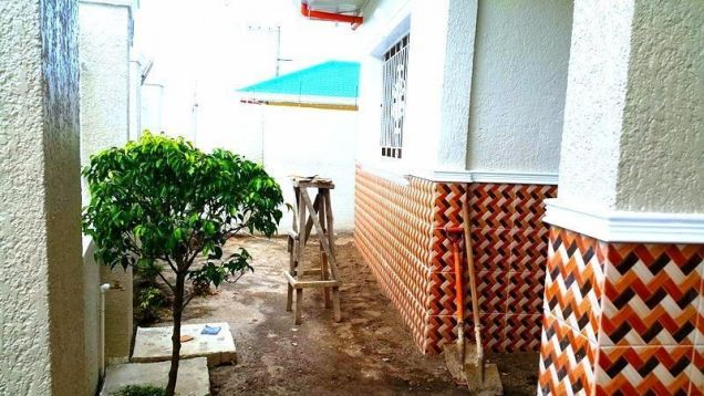 Bungalow House For Rent With 3 Bedrooms In Angeles City - 2