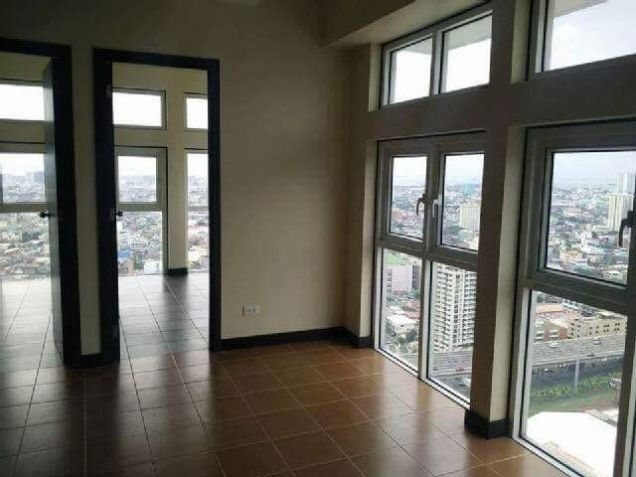 Rent To Own Condo In San Lorenzo Place Makati RFO Unit 5percent DP Only Move In. - 0