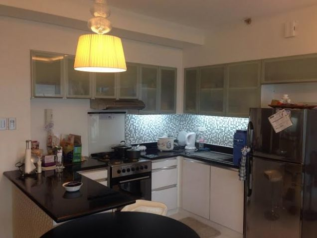 Best Buy 2 bedroom unit Fully Furnished in BGC - 3