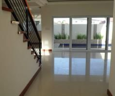 House In Angeles City With Pool For Rent - 2