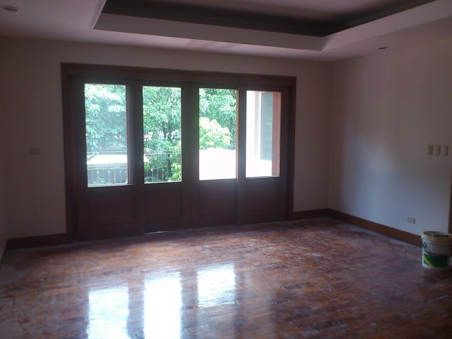 Forbes Park Makati contemporary house for rent - 4
