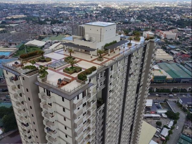 Cheap 1BR Ready to Move-in 10percent Downpayment near SM North Trinoma LRT MRT - 2