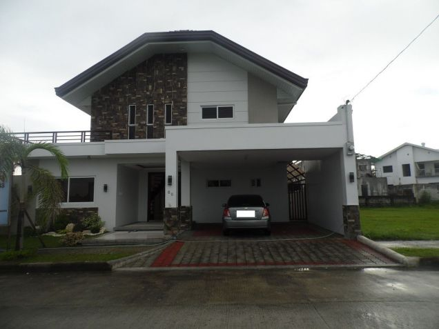 House and Lot for rent with 4Br in Angeles City- 100M - 0