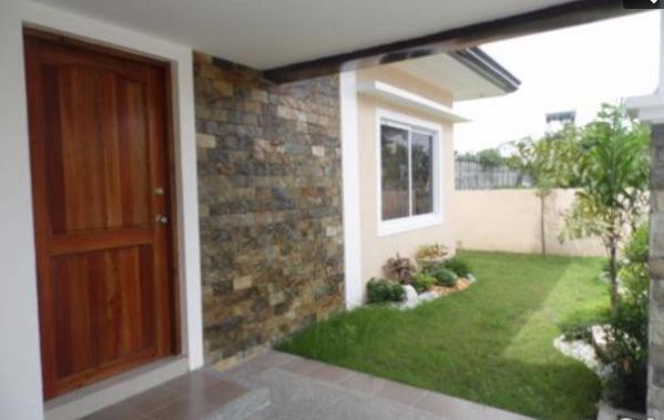 Bungalow House and lot for rent Near SM Clark for only 30k - 3