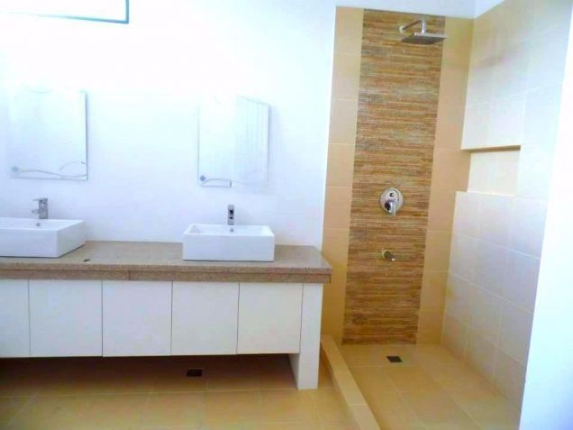 For Rent Furnished Modern House In Angeles City - 1