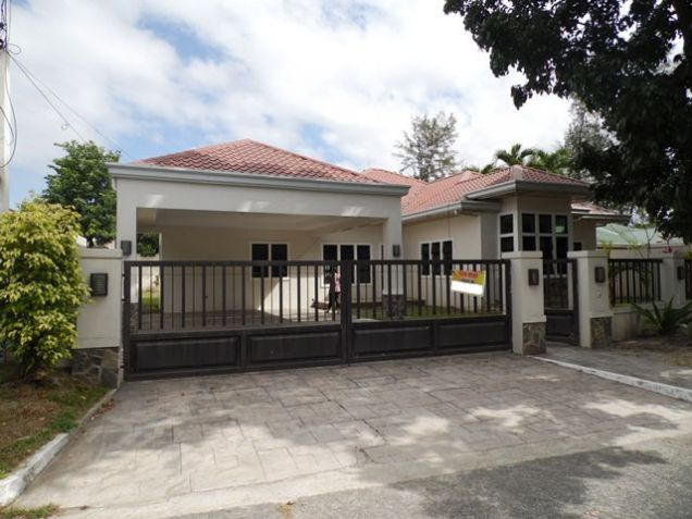 House and Lot For Rent with 4 Bedroom @45K - 0