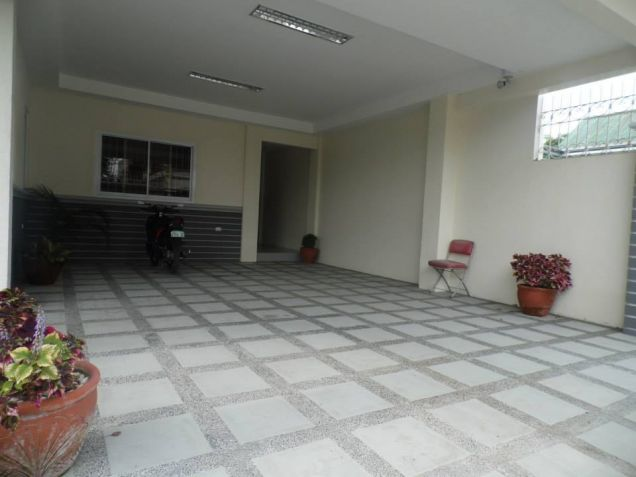 Big yard with 4BR for rent in Angeles City - 55K - 6