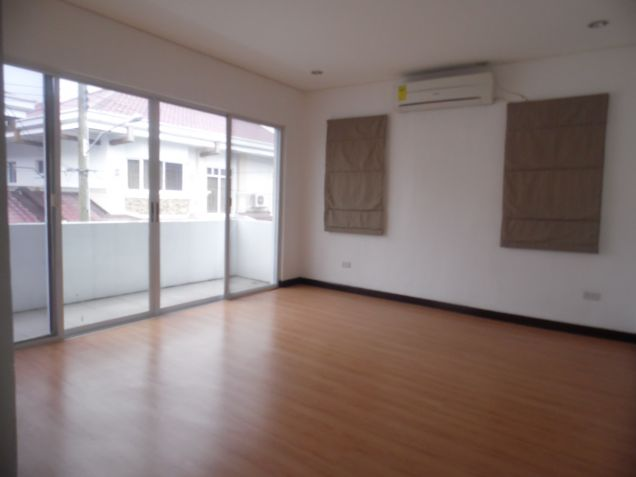 3 Bedroom Spacious Town house for Rent in Friendship - 2