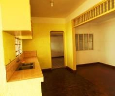 Bungalow House and lot for rent in Hensonville - P25K - 4