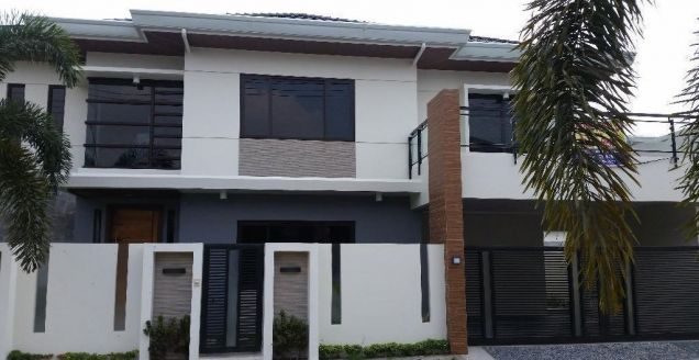 Fully Furnished House and Lot for Rent in HENSONVILLE at P120K - 0