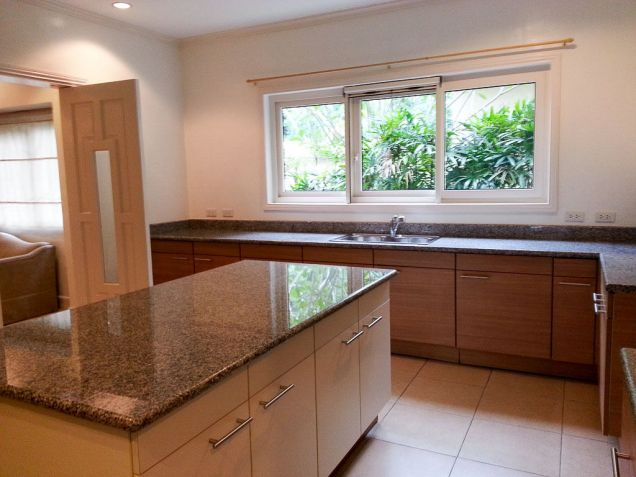 Spacious 4 Bedroom House with Swimming Pool for Rent in Maria Luisa Cebu - 6