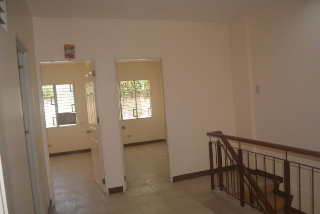 Corner townhouse unfurnished with 3 bdrms near UP and Jy square P28K - 6