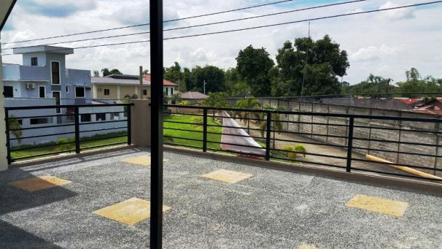 1Storey House And Lot For Rent In Hensonville Angeles City - 3