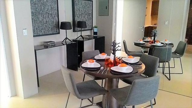 Lavish 1-Bedroom Unit in Filinvest Alabang for Sale - 4