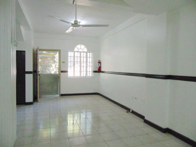 3 Bedroom Apartment For Rent in Cabancalan, Mandaue City, Cebu - 3
