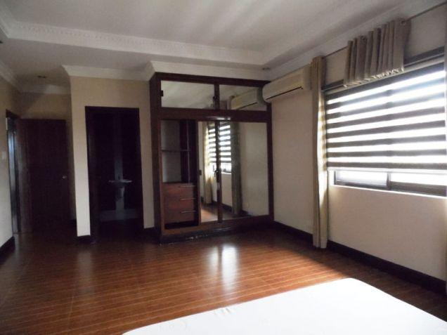 4 Bedroom House and lot near SM Clark for rent - P50K - 2