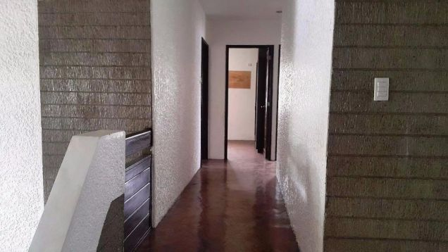 (4) Bedroom House For Rent Unfurnished in Balibago - 5