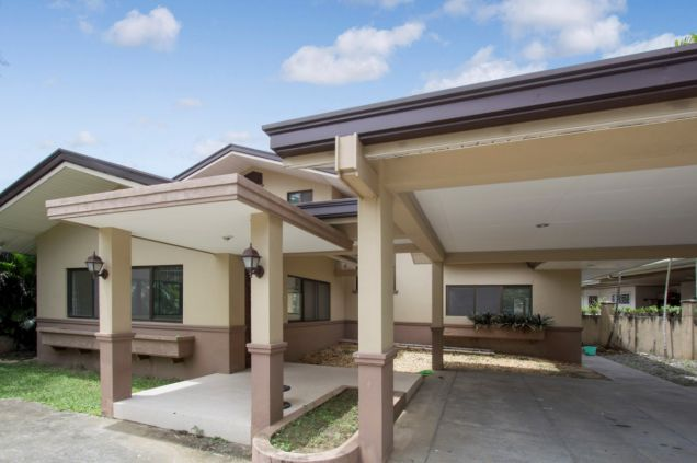 Unfurnished 4 Bedroom House for Rent in Maria Luisa Park - 3