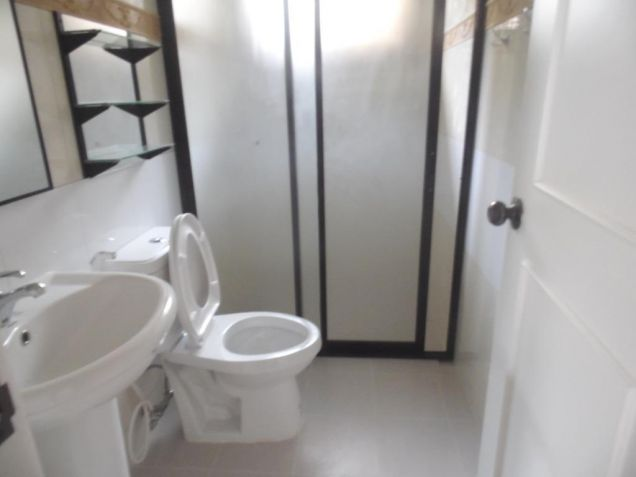 3br for rent in Angeles City located in gated subdivision - 50K - 2