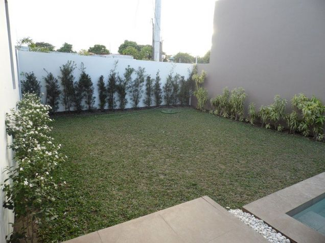 Spacious Bungalow House with Swimming pool for rent - 90K - 7