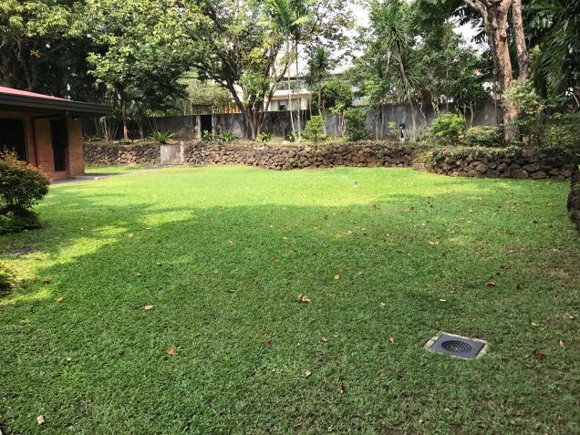 5 Bedroom House for Rent in South Forbes, Makati City - 5