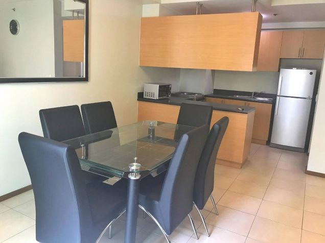 FULLY FURNISHED 2 Bedroom Condo Unit w Parking Lot, Two Serendra, BGC FOR SALE - 3