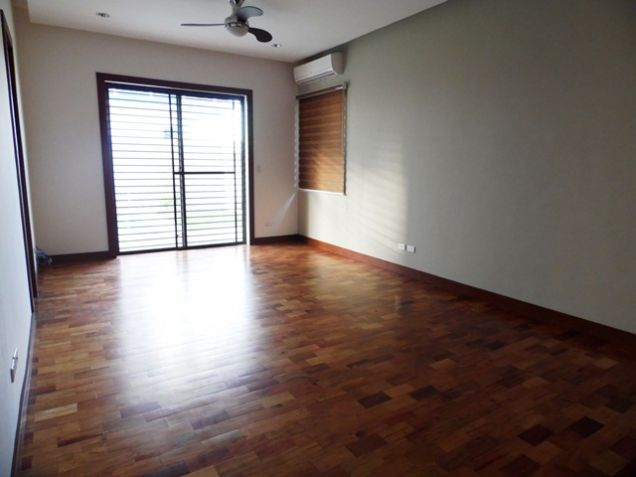 Spacious Bungalow House with Swimming Pool For rent -90K - 8