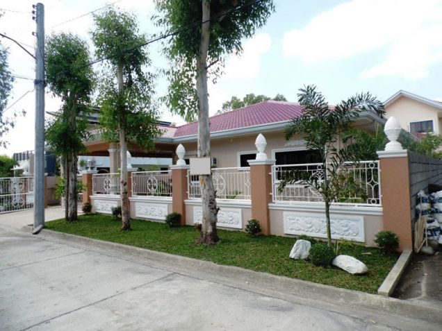 3 Bedroom Furnished Bungalow House in Friendship - 0