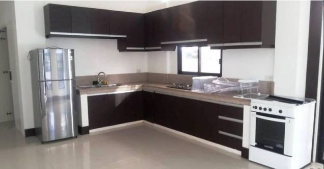 Fully Furnished 3 Bedroom House near SM Clark for rent - 7