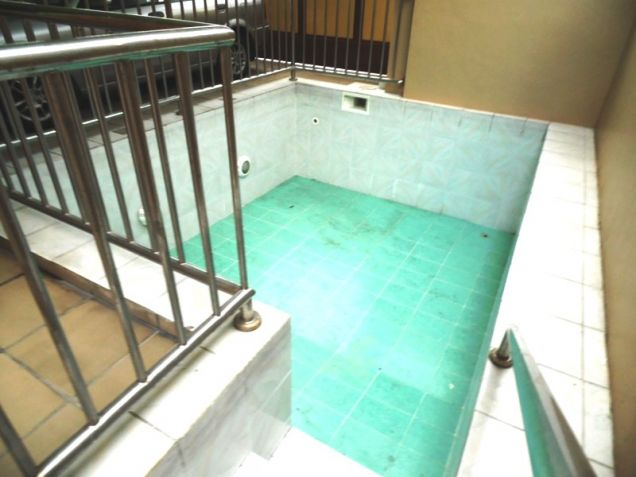 6 Bedroom House with Swimming pool for rent in Friendship - 75K - 5