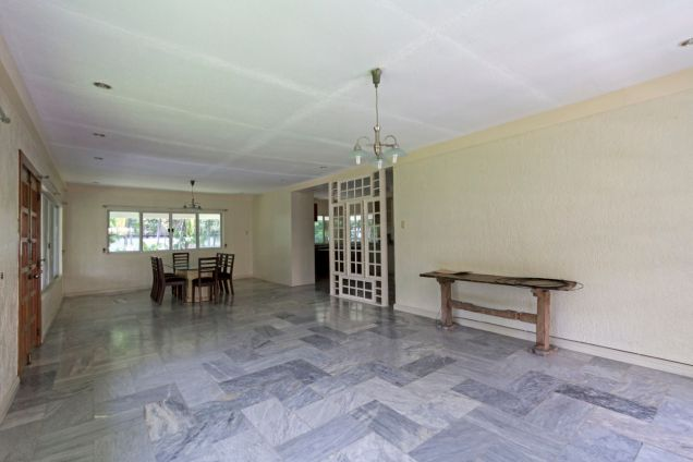 Semi-Furnished Spacious House for Rent in Maria Luisa Park - 2