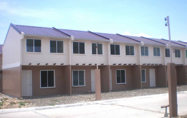 2 BRFurnished House for Rent in Deca Homes Subdivision, Lapu Lapu - 3