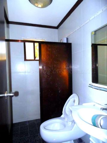 3 Bedroom Bungalow House For Rent In Angeles City - 1
