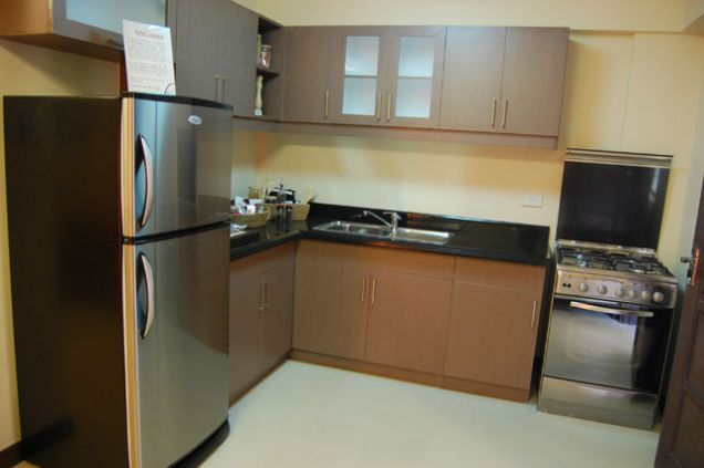 ready for occupancy condo unit 2br rooms 64qm nr makati city - 3