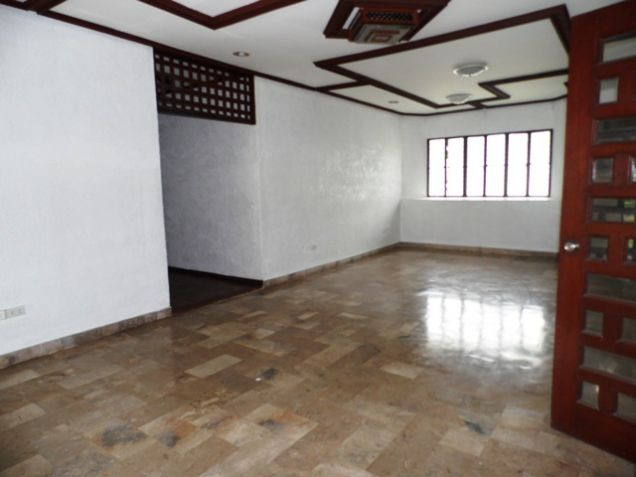 1 Storey House and Lot FOR RENT in Friendship - 30K - 7