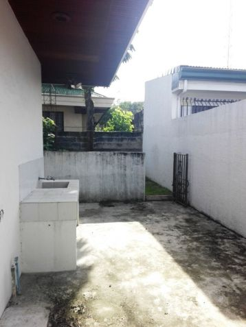 600sqm Bungalow House & Lot For Rent In Angeles City Near Nepo Mall - 1